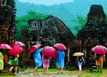 Vietnam launches e-visas for visitors from 40 countries